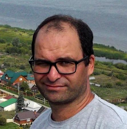 Артур Арапов