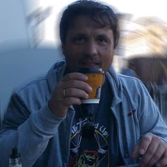 Андрей Миколайчук