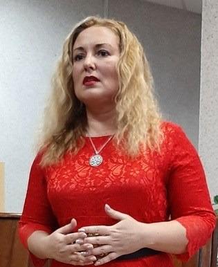 Елена Кандалинская