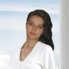 Елена Влади
