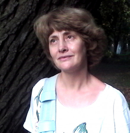 Анна Гаятри
