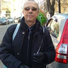 Влад Ревзин