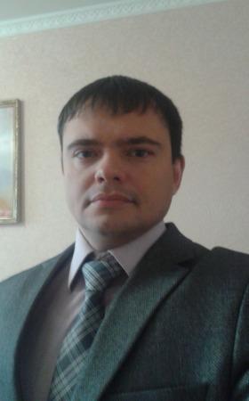 Евгений Леухин