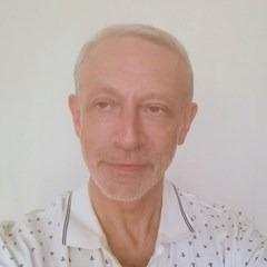 Александр Полек