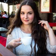 Илона Емельянова