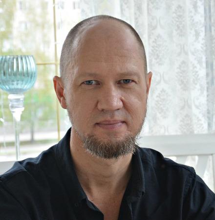 В. Ляшенко