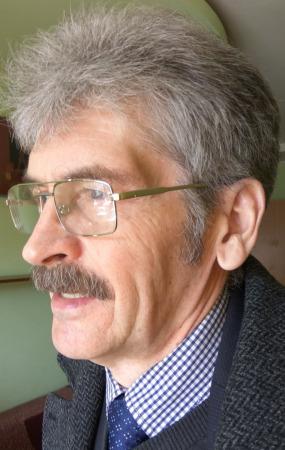 Павел Отставнов