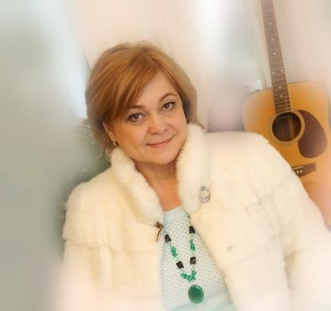 Елена Леонтье