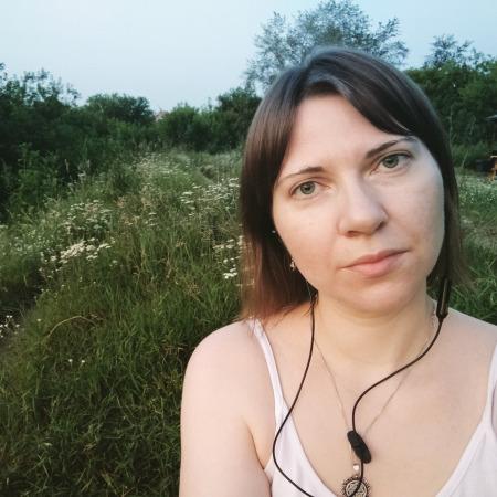 Елена Саратовцева