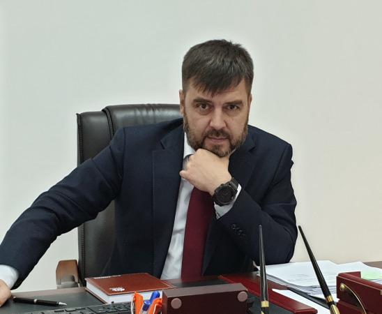 Игорь Гайдуков